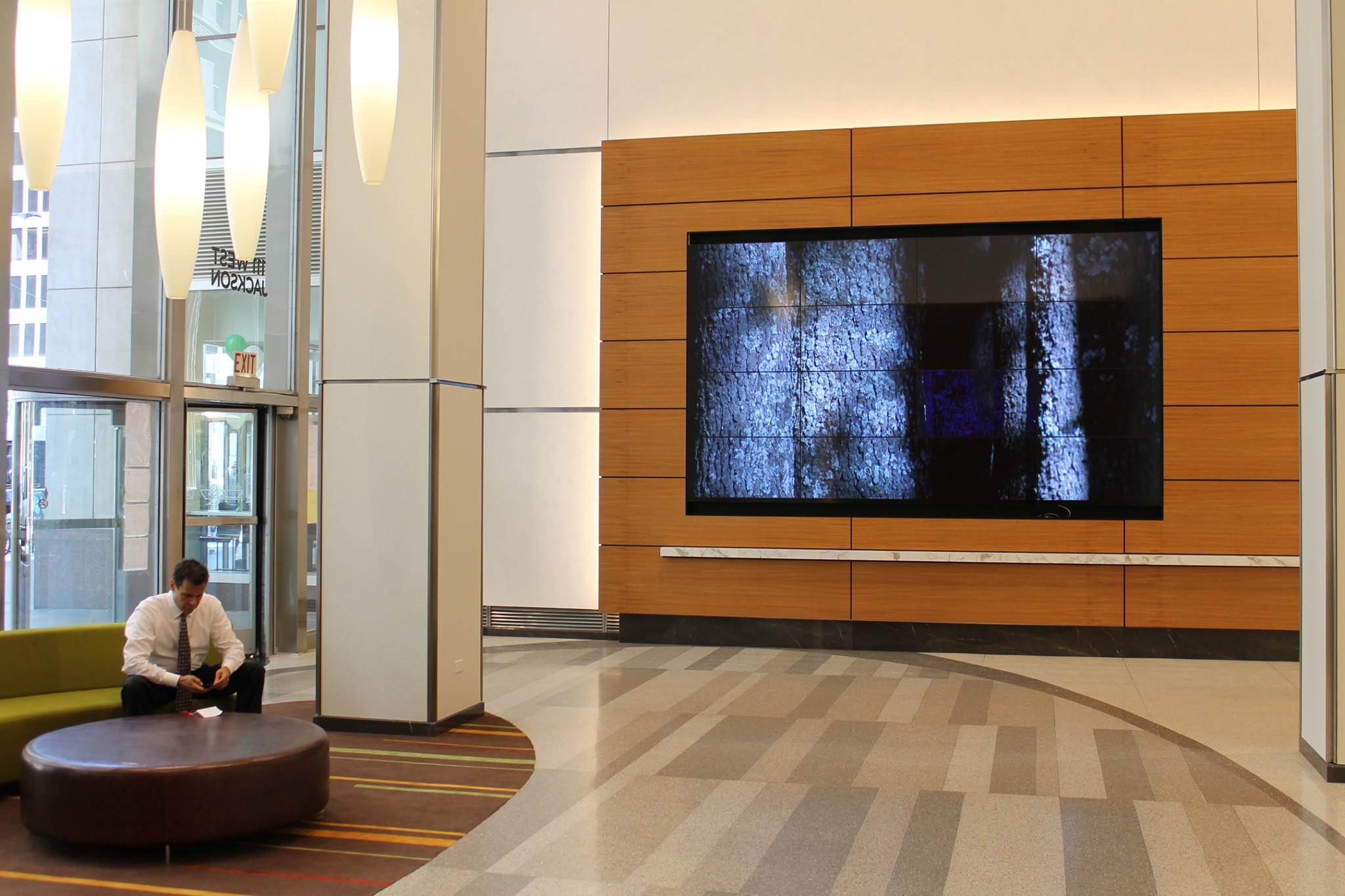 111 w Jackson Lobby